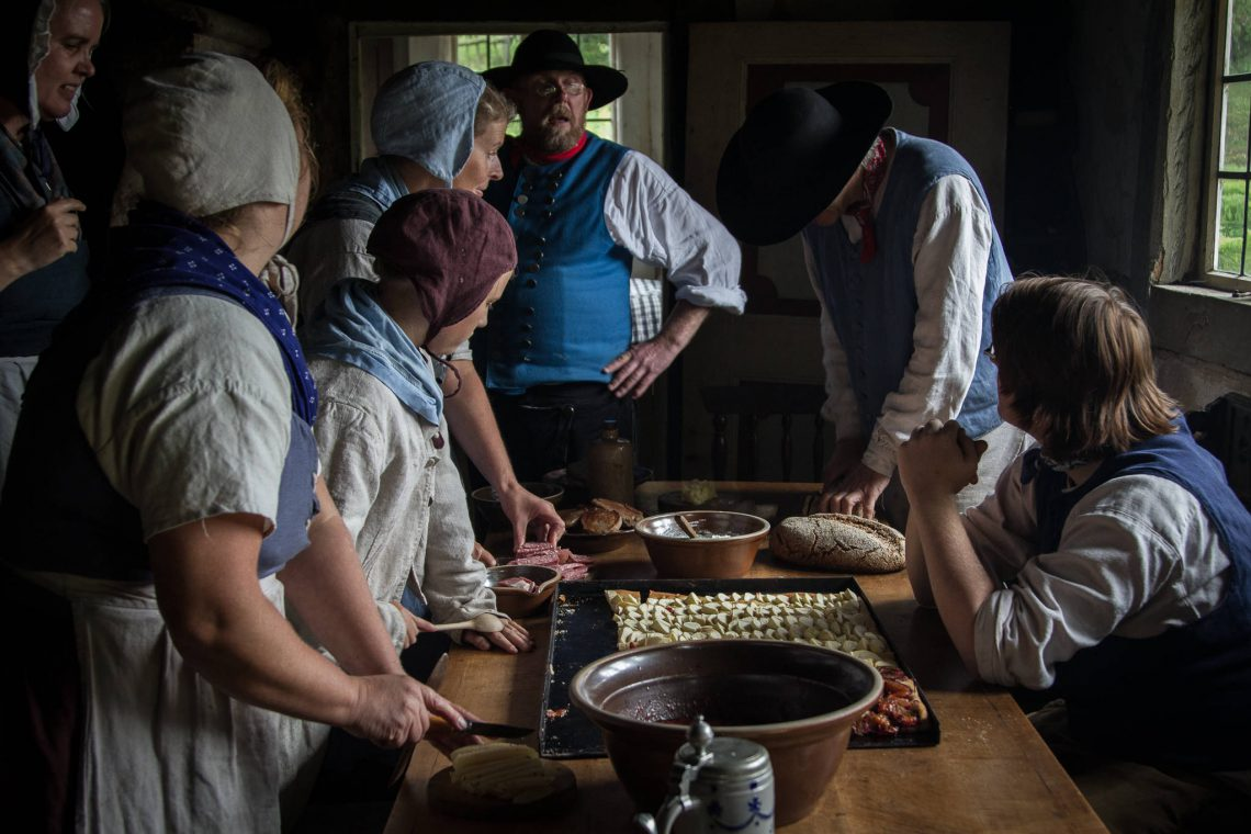 Living History 1813 - Come together for the meal