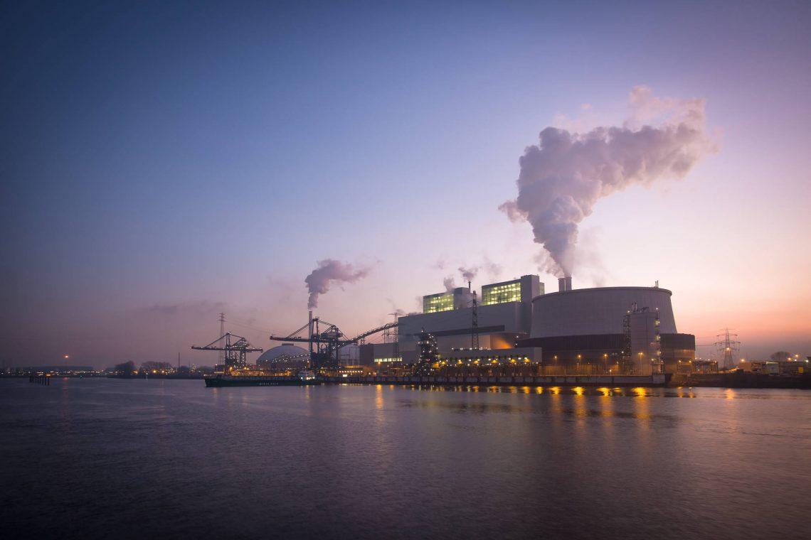 Kraftwerk Moorburg in wunderschönem Abendlicht
