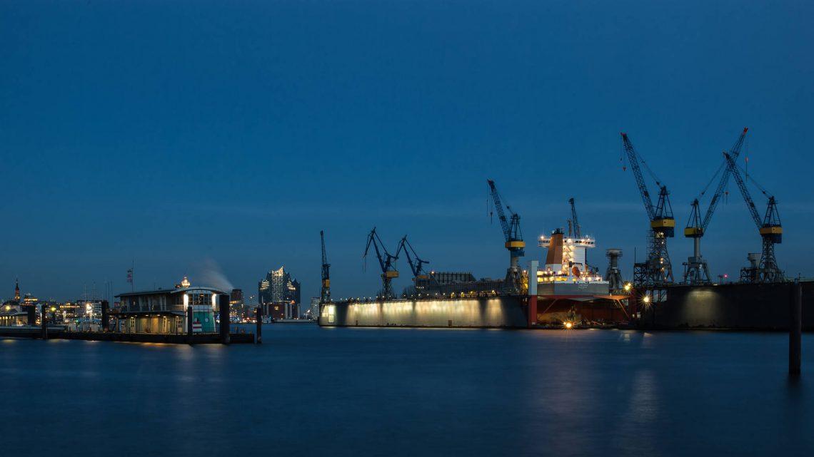 HADAG, Elbphilharmonie und Dock 11