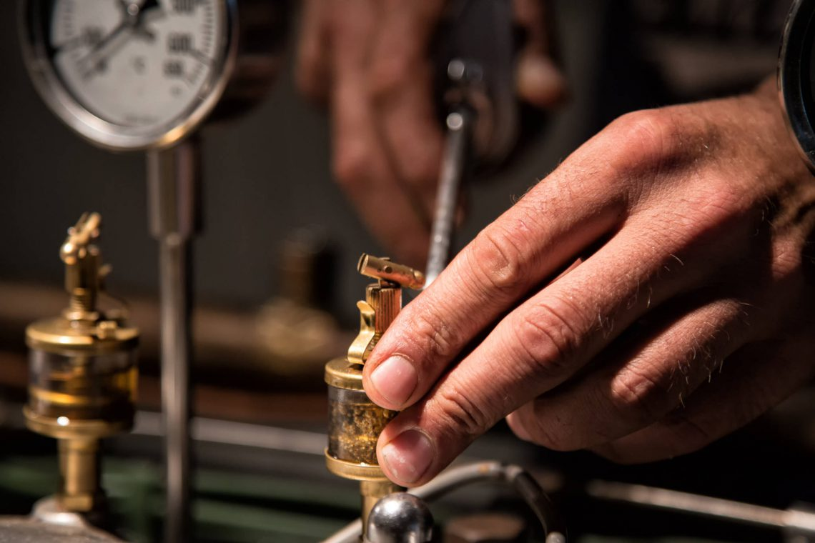 Maintenance Hands